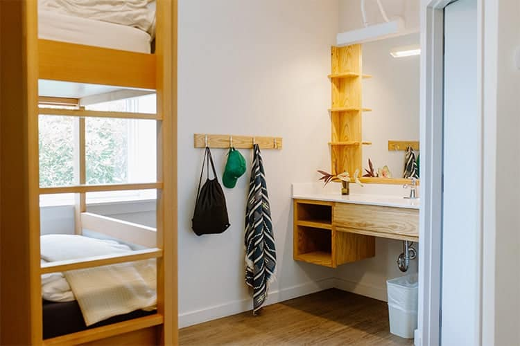 female-room-4-the-quisby-new-orleans-hostel