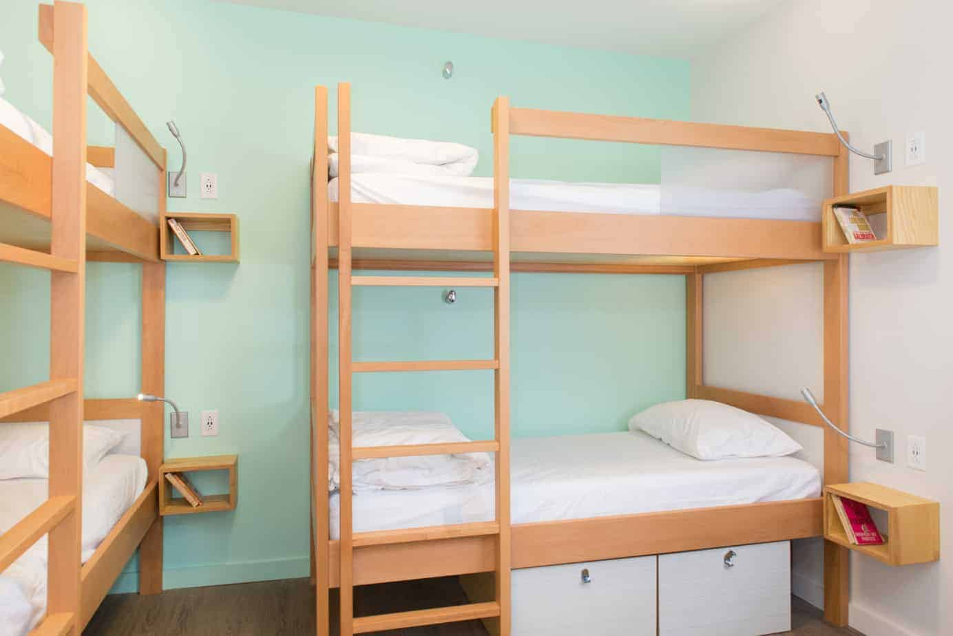 female-room-5-the-quisby-new-orleans-hostel