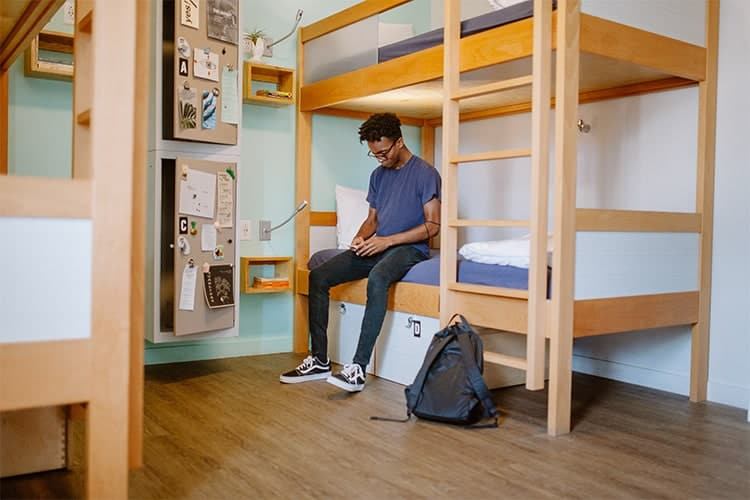 standard-quad-room-3-the-quisby-new-orleans-hostel
